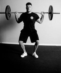Fitness HQ Squatting
